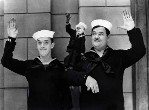 V'la la flotte! : Photo James Parrott, Oliver Hardy, Stan Laurel