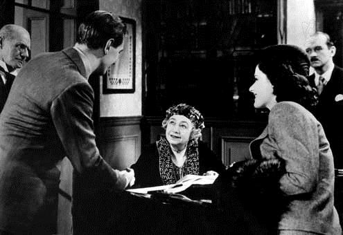 Une femme disparaît : Photo Dame May Whitty, Margaret Lockwood, Michael Redgrave