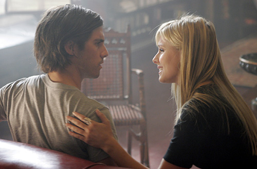 Heroes : Photo Kristen Bell, Milo Ventimiglia