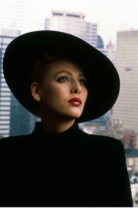 Gotham : Photo Lloyd Fonvielle, Virginia Madsen