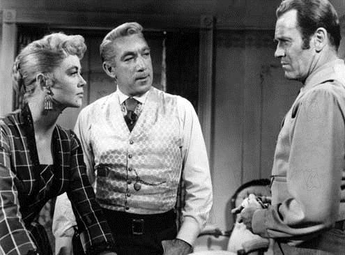 L'Homme aux colts d'or : Photo Anthony Quinn, Dorothy Malone, Edward Dmytryk, Henry Fonda