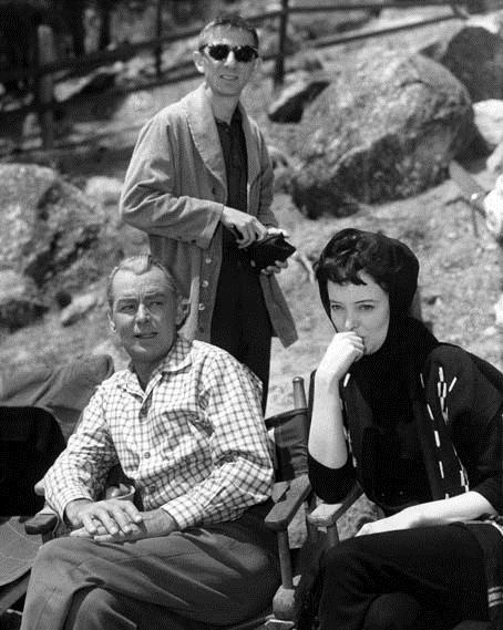 Tonnerre sur Timberland : Photo Aaron Spelling, Alan Ladd, Carolyn Jones, Robert D. Webb