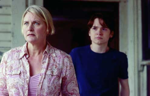 Mortuary : Photo Dan Byrd, Denise Crosby