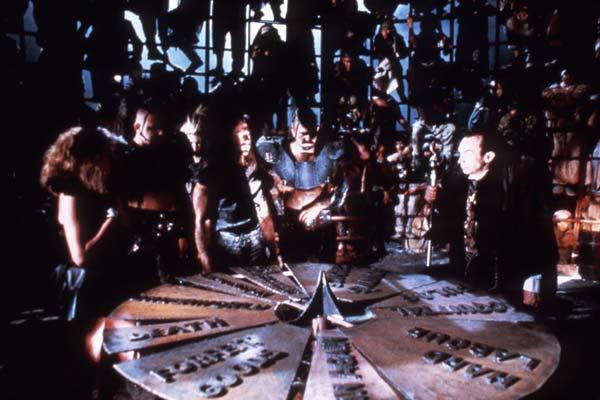 Mad Max au-delà du Dôme du Tonnerre : Photo George Ogilvie
