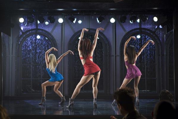 Dancing Girls : Photo Darren Grant, Mary Elizabeth Winstead
