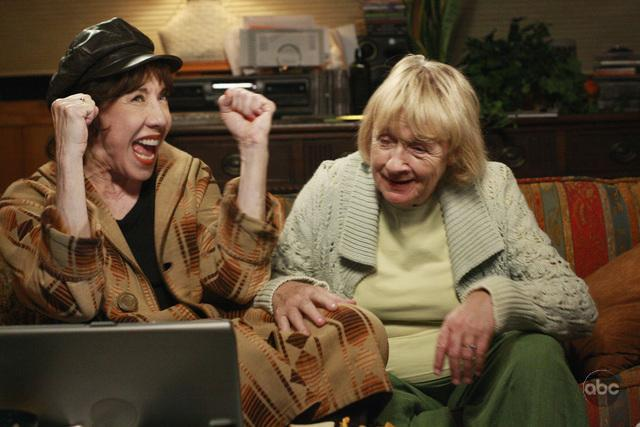 Desperate Housewives : Photo Kathryn Joosten, Lily Tomlin