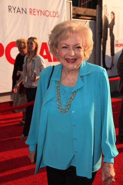 La Proposition : Photo Anne Fletcher, Betty White