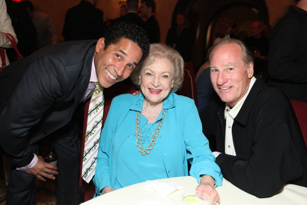 La Proposition : Photo Anne Fletcher, Betty White, Craig T. Nelson, Oscar Núñez