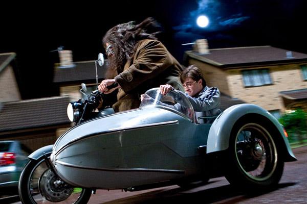 Harry Potter et les reliques de la mort - partie 1 : Photo Daniel Radcliffe, Robbie Coltrane