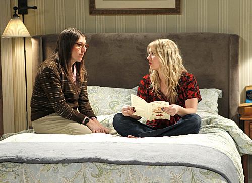 The Big Bang Theory : Photo Kaley Cuoco, Mayim Bialik