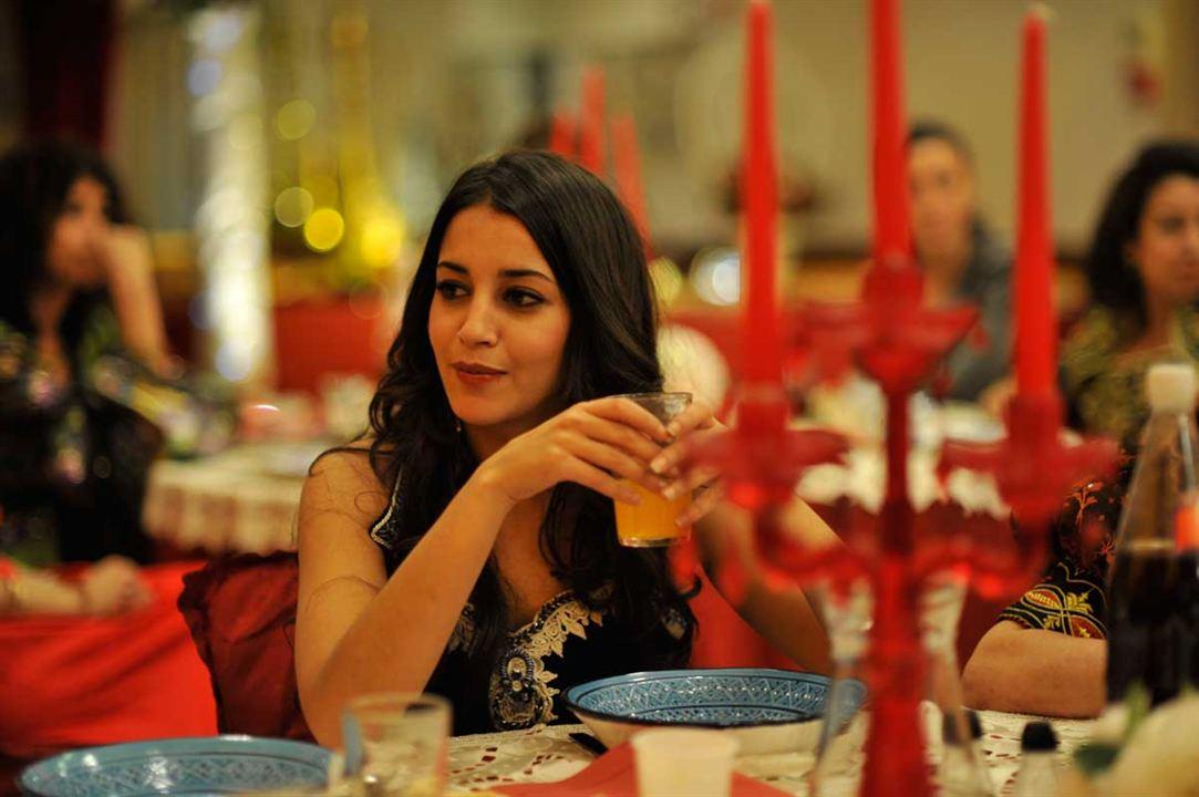 Il reste du jambon ? : Photo Anne Depetrini, Leïla Bekhti