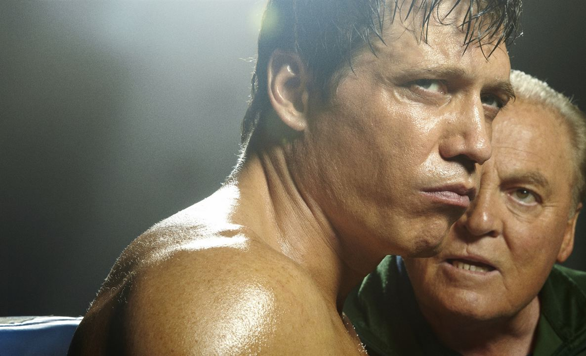 Lights Out : Photo Holt McCallany, Stacy Keach