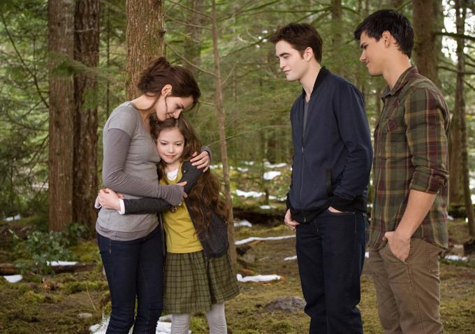 Twilight - Chapitre 5 : Révélation 2e partie : Photo Kristen Stewart, Mackenzie Foy, Robert Pattinson, Taylor Lautner