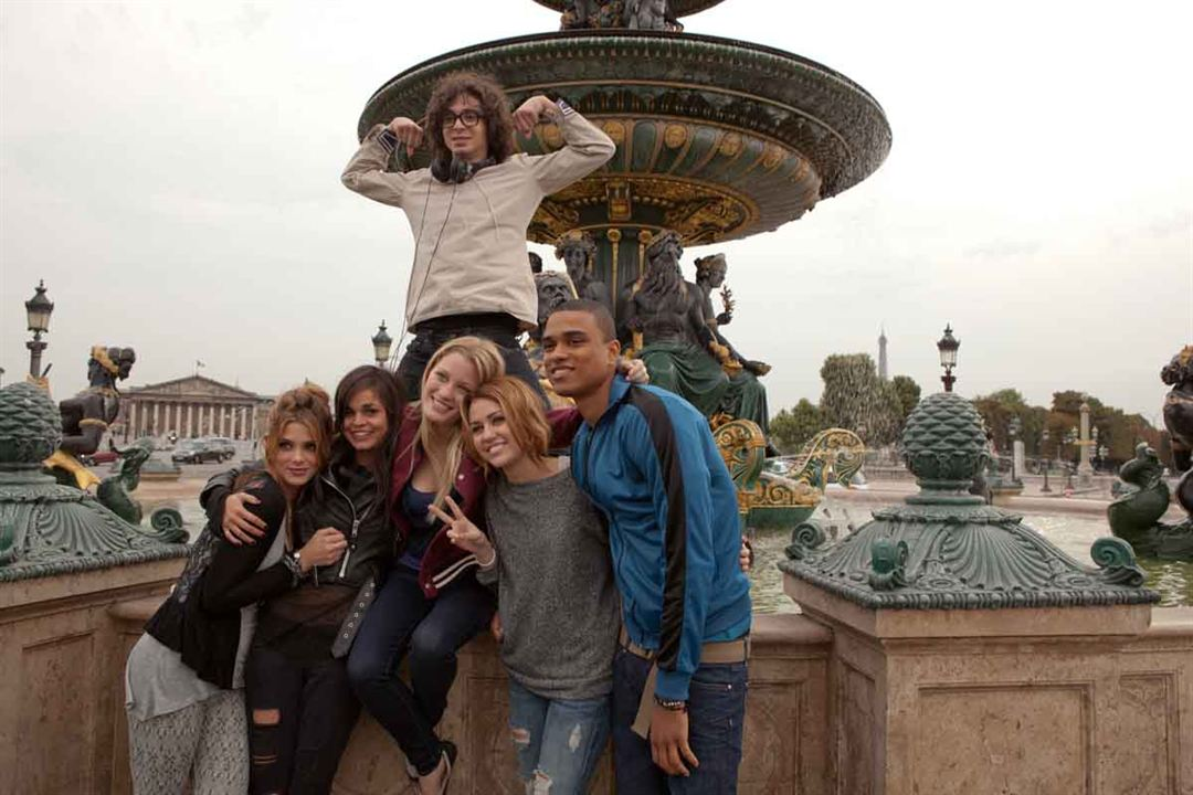 LOL USA : Photo Adam Sevani, Ashley Greene, Miley Cyrus