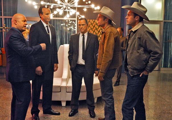 Photo Dennis Quaid, James Russo, Jason O'Mara, Michael Chiklis, Michael Reilly Burke