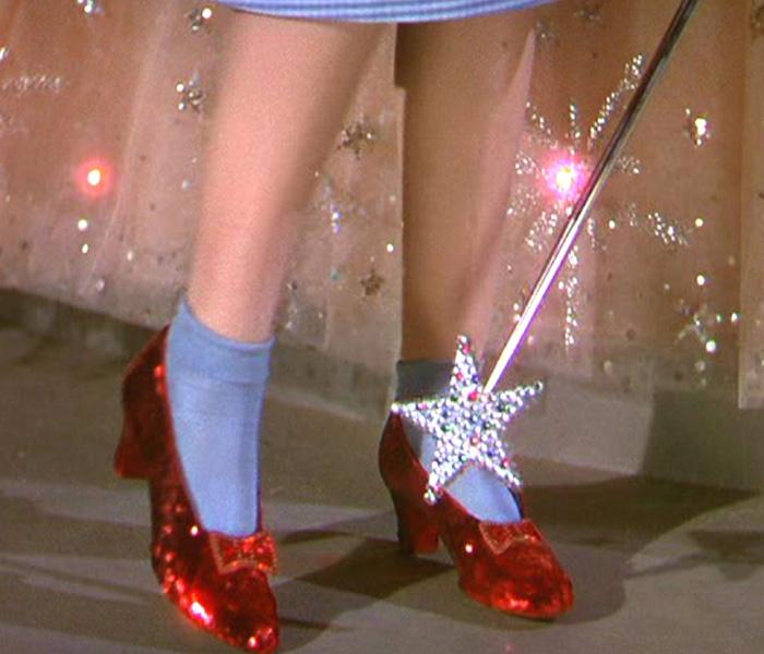 """Les souliers rubis de Dorothy dans """"Le Magicien d'Oz"""""""