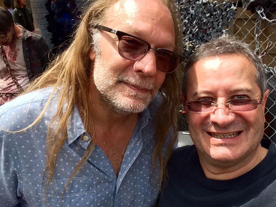 Le correspondant d'AlloCiné et Greg Nicotero