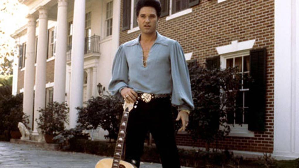 Kurt Russell, King plus vrai que nature dans Le Roman d'Elvis de John Carpenter en 1979