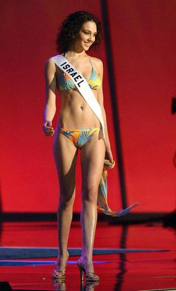 Gal Gadot, Miss Israël 2004, ici au concours de Miss Univers.