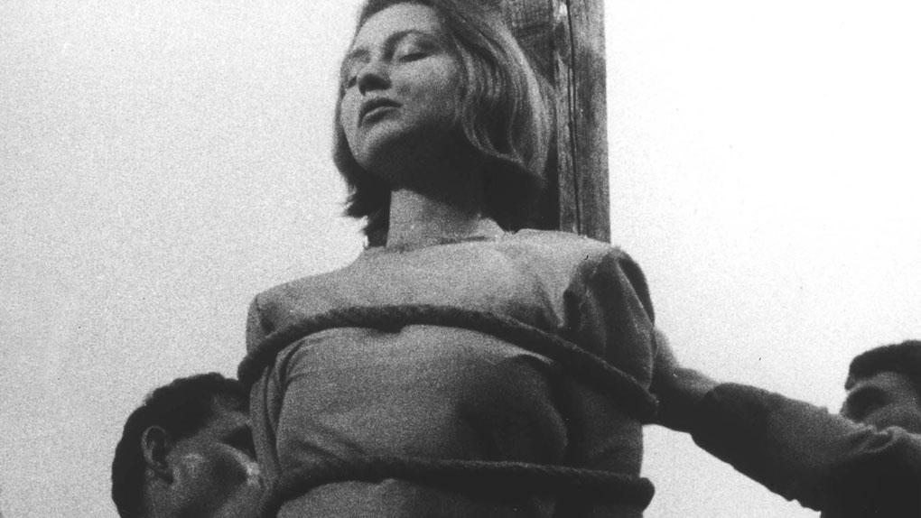 """Florence Delay dans """"Le Procès de Jeanne d'Arc"""" de Robert Bresson (1962)"""