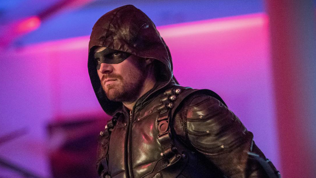 Photos promotionnelles de l'épisode 15 de la saison 6 d'Arrow