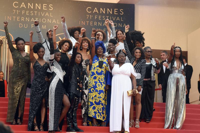 """Les actrices de """"Noire n'est pas mon métier"""" montent les marches de Cannes"""