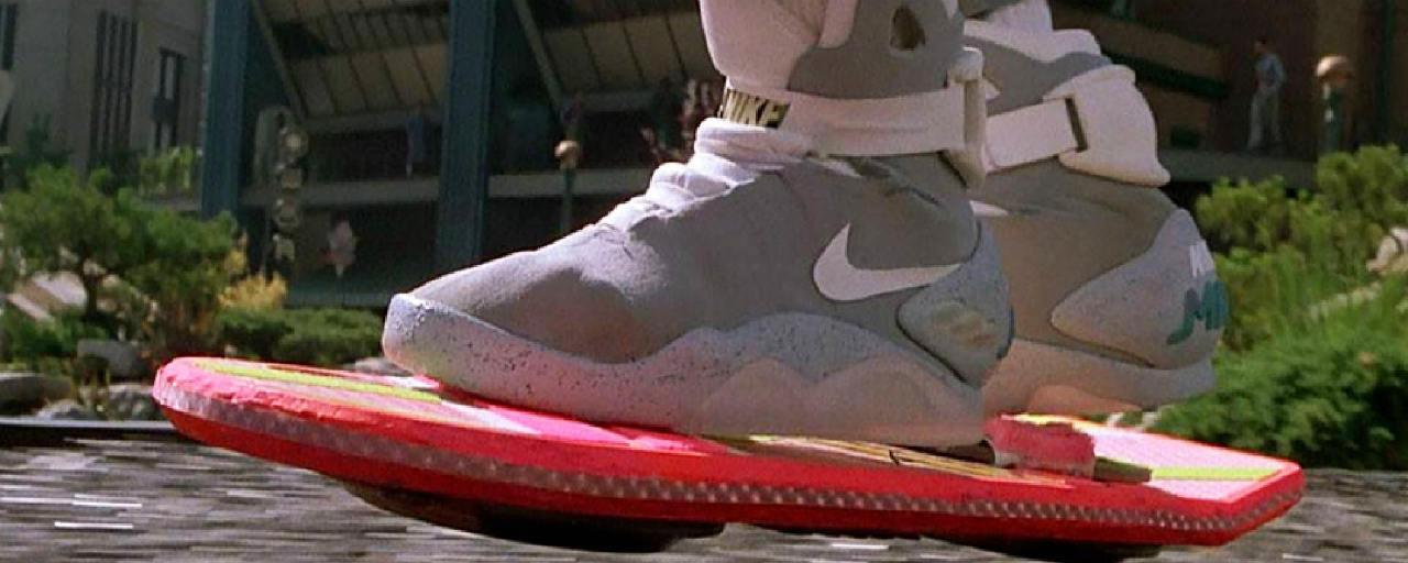 Retour vers le futur : la chaussure gauche de Marty McFly ...