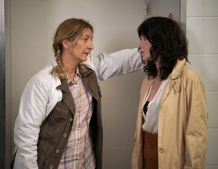 Isabelle Adjani face à Corinne Masiero