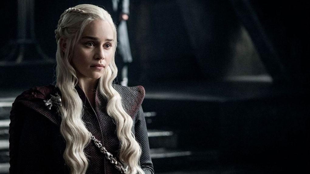 Quel est le surnom de Daenerys Targaryen ?