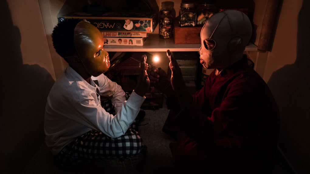 """Le masque de Jason et celui de son double Pluton dans """"Us"""" (2019)"""