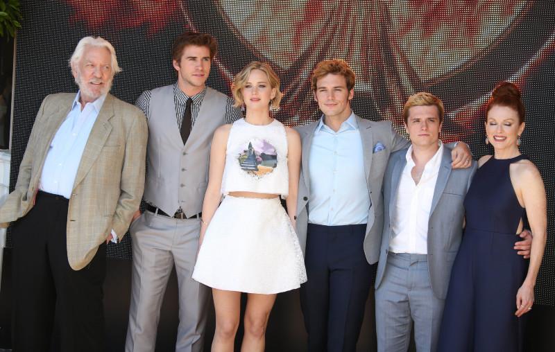 Hunger Games - La Révolte : Partie 1 : Photo promotionnelle Jennifer Lawrence, Josh Hutcherson, Liam Hemsworth, Sam Claflin