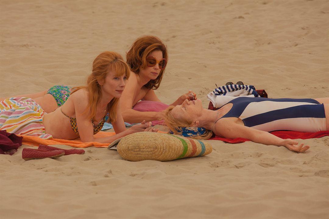 Adolescente En Bikini Banque D'Images, Vecteurs Et