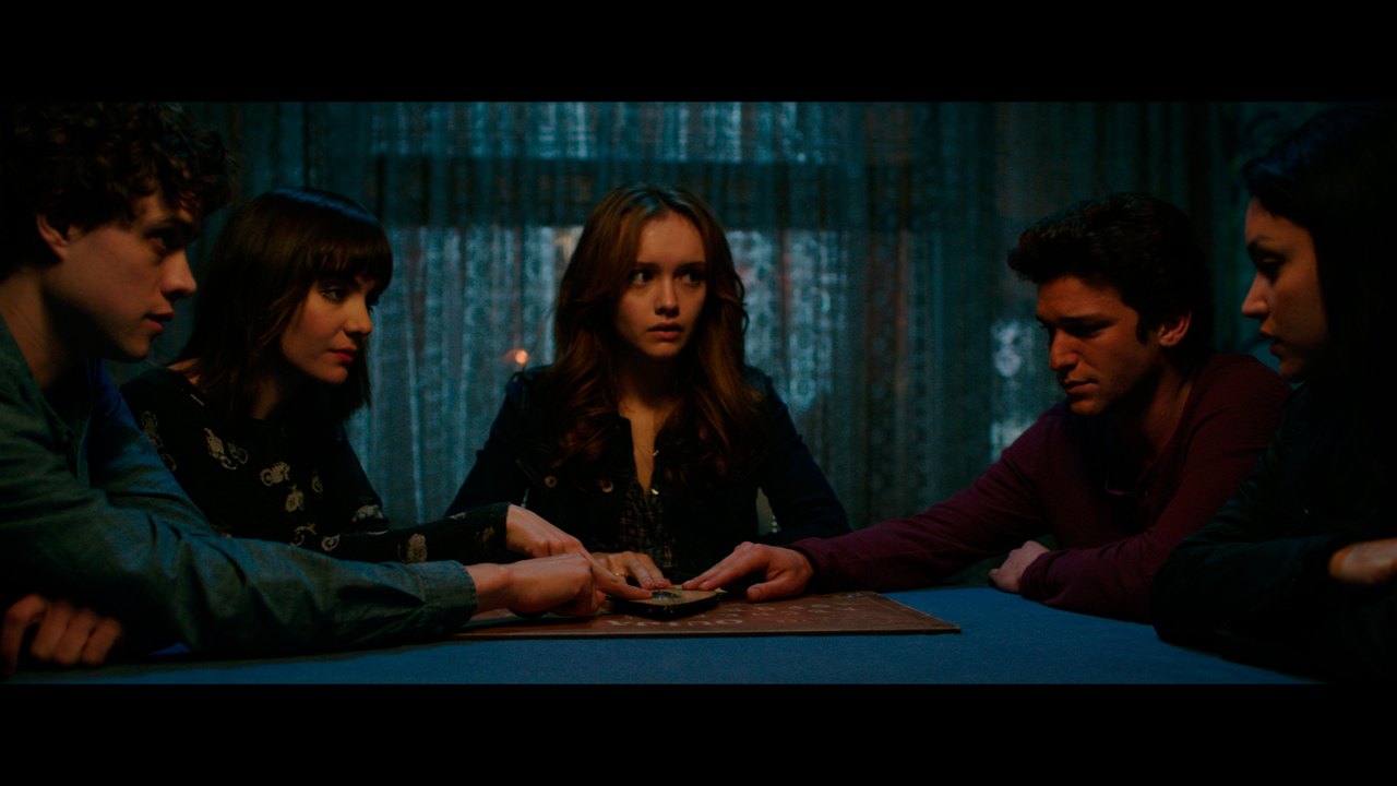 Ouija : Photo Ana Coto, Daren Kagasoff, Douglas Smith (III), Shelley Hennig