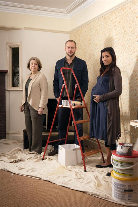 Photo Anne Reid, Elliot Cowan, Shelley Conn