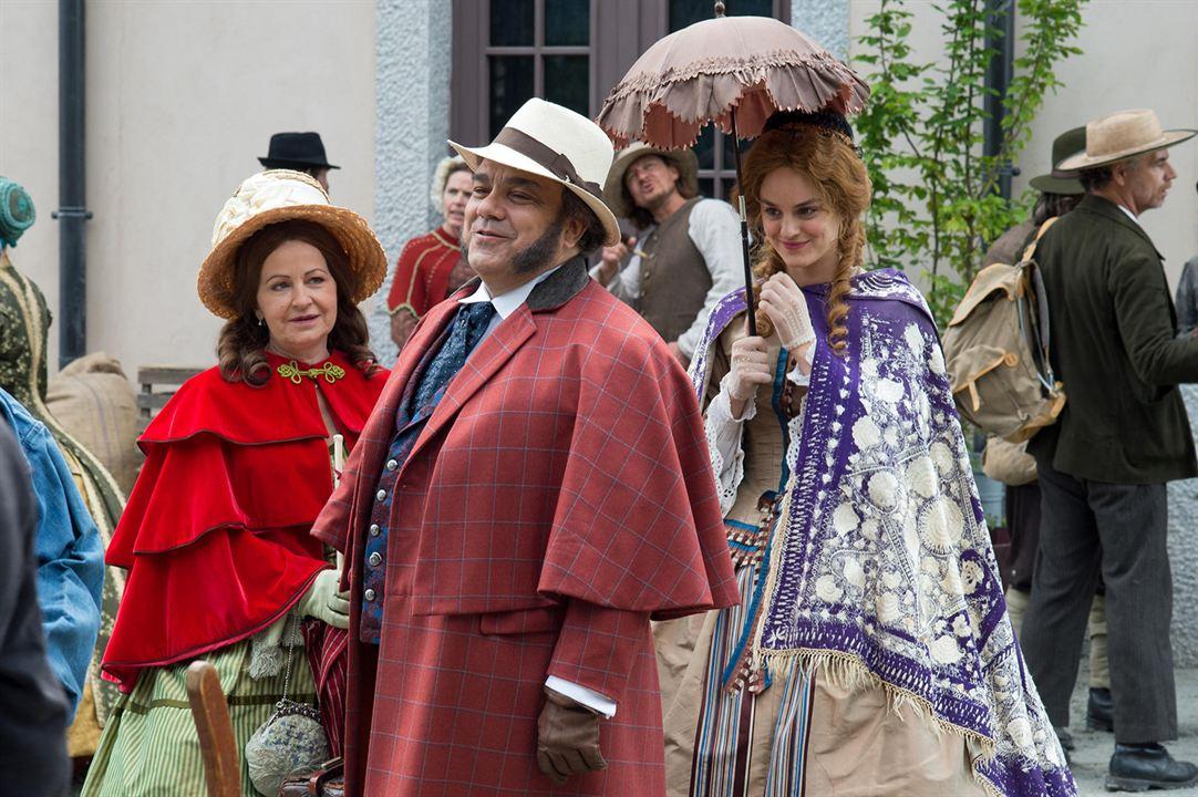 Le Voyage de Mr Perrichon : Photo Didier Bourdon, Nathalie Cerda, Noémie Merlant