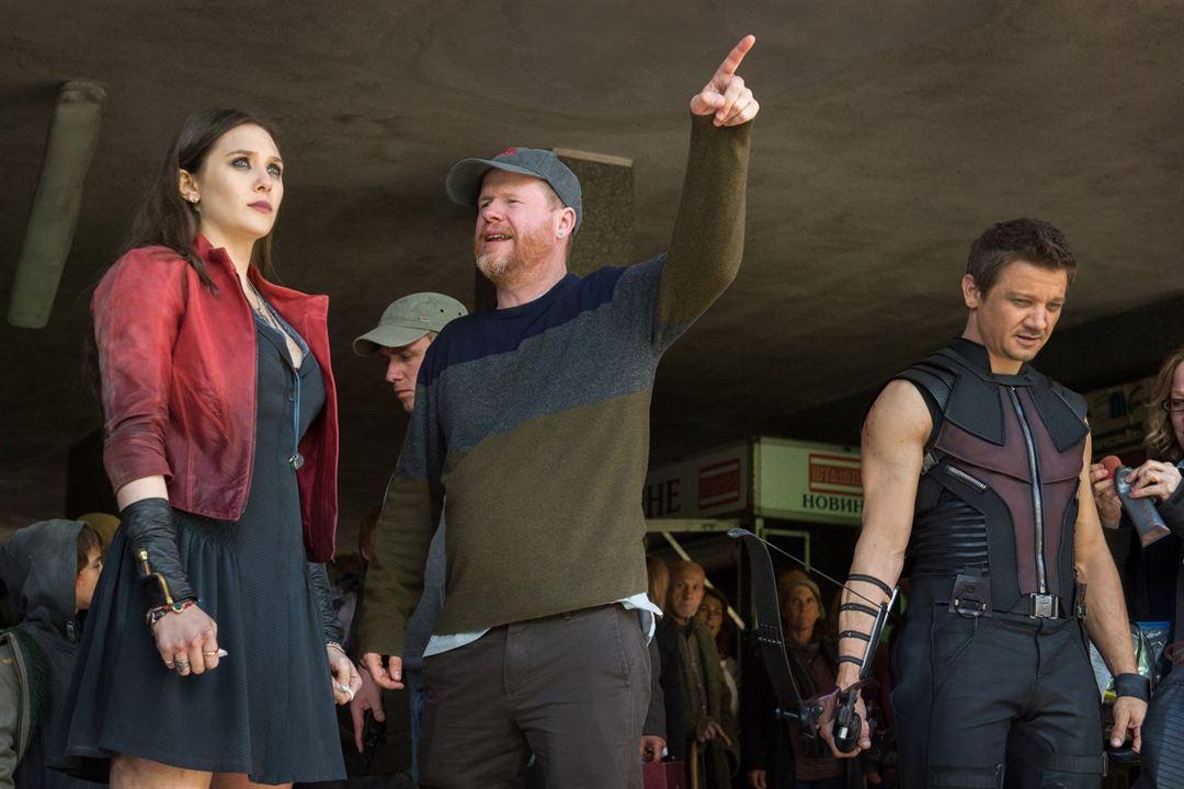 Avengers : L'ère d'Ultron : Photo Elizabeth Olsen, Jeremy Renner, Joss Whedon