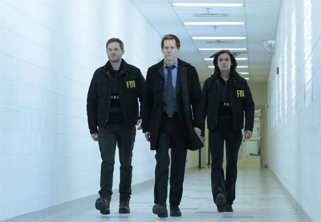 Photo Jessica Stroup, Kevin Bacon, Shawn Ashmore