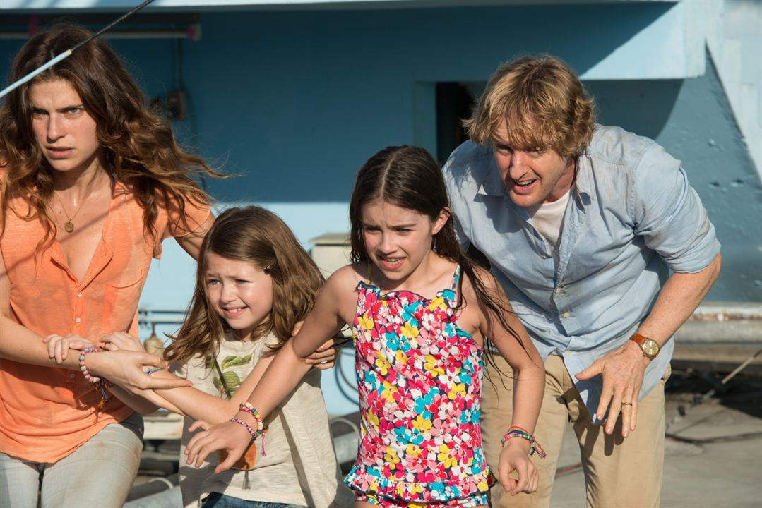 No Escape : Photo Claire Geare, Lake Bell, Owen Wilson, Sterling Jerins