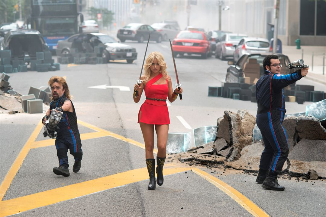 Pixels : Photo Ashley Benson, Josh Gad, Peter Dinklage
