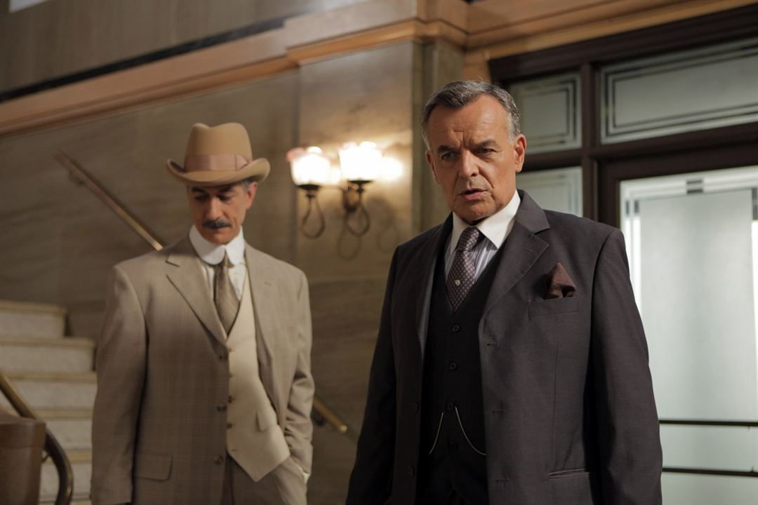Photo David Strathairn, Ray Wise