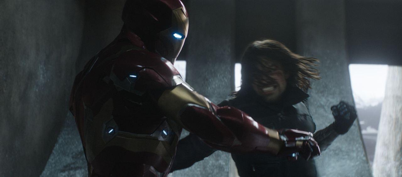 Captain America: Civil War : Photo Robert Downey Jr., Sebastian Stan