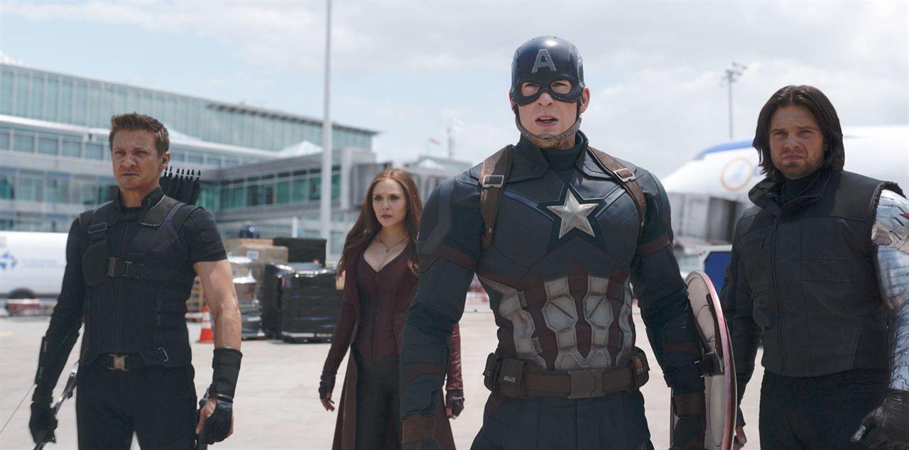 Captain America: Civil War : Photo Chris Evans, Elizabeth Olsen, Jeremy Renner, Sebastian Stan