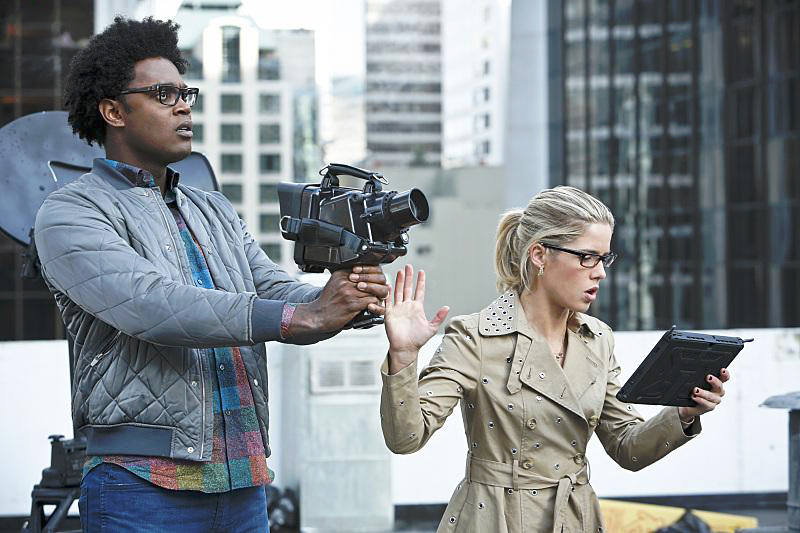 Photo Echo Kellum, Emily Bett Rickards