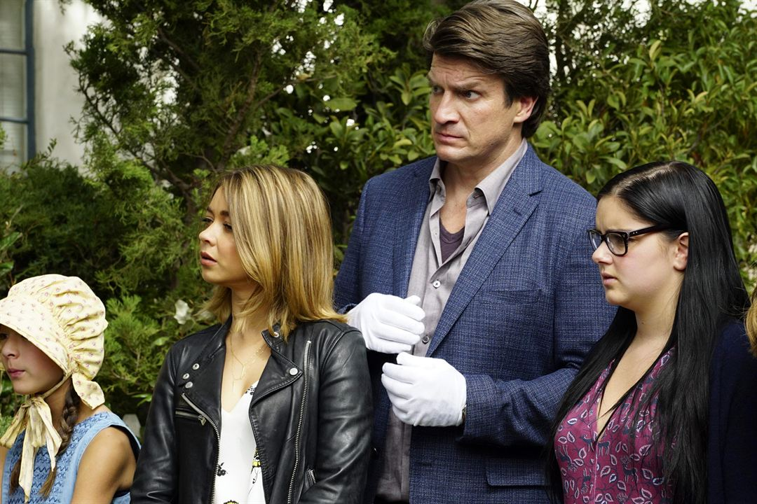 Photo Ariel Winter, Aubrey Anderson-Emmons, Nathan Fillion, Sarah Hyland