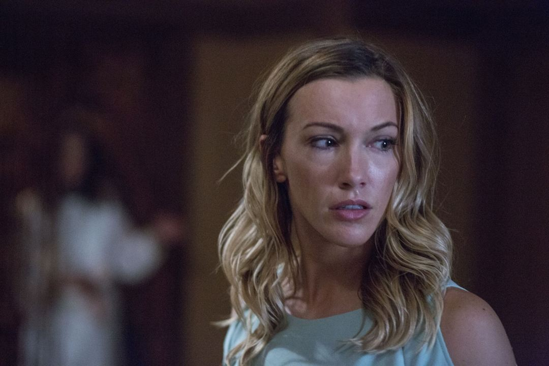 Wolves At The Door : Photo Katie Cassidy