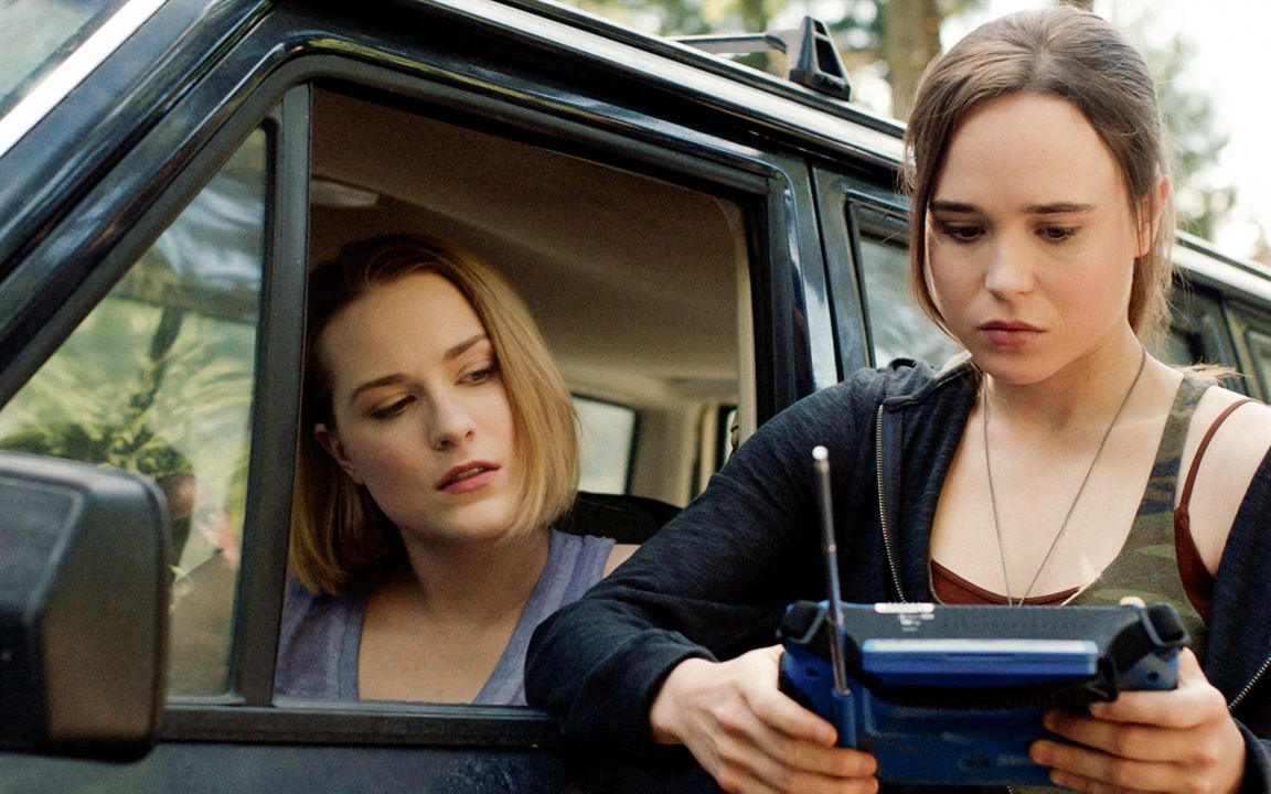Into the Forest : Photo Ellen Page, Evan Rachel Wood