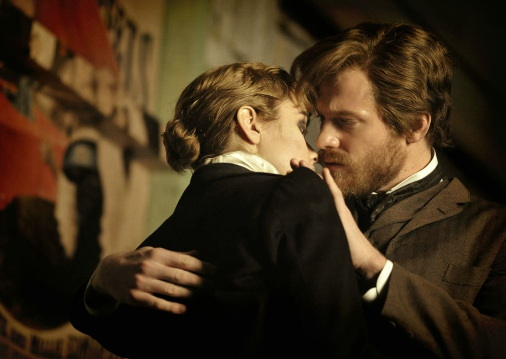 GOLEM, le tueur de Londres : Photo Olivia Cooke, Sam Reid