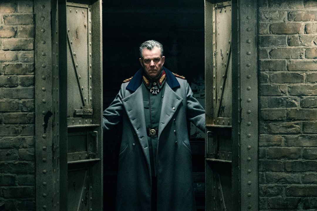 Wonder Woman : Photo Danny Huston