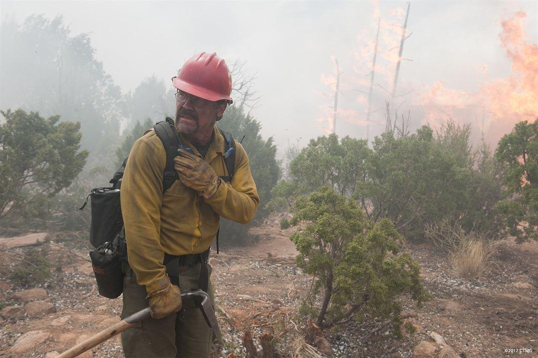 Line of Fire : Photo Josh Brolin