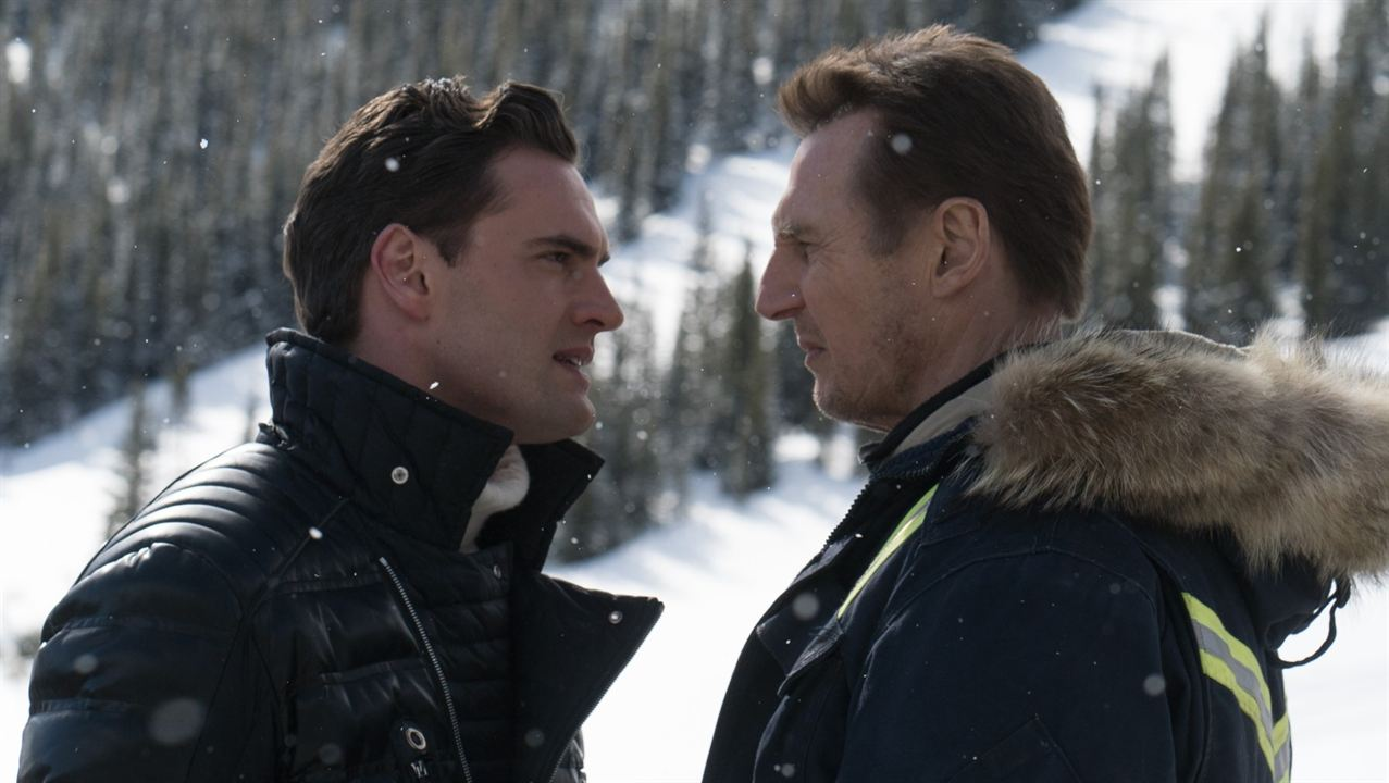 Sang froid : Photo Liam Neeson, Tom Bateman